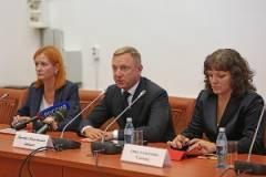 Глава Минобрнауки РФ: За последние три года средняя заработная плата российских педагогов практически удвоена