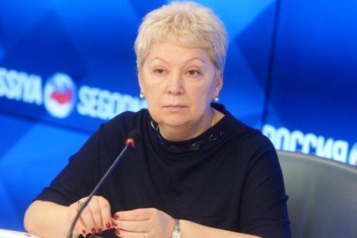 Никто трудовое воспитание и обучение в школах не отменял – Васильева