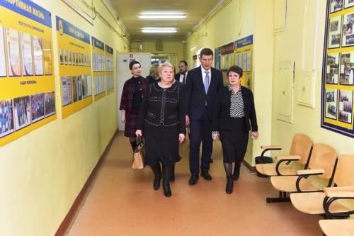 Глава Минобрнауки РФ Ольга Васильева побывала на месте трагедии в Перми