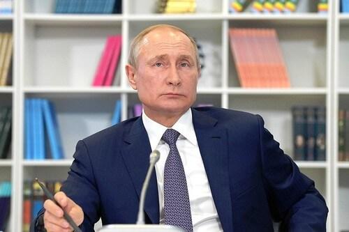 Владимир Путин: победители международных школьных олимпиад будут получать премии в 1 миллион рублей